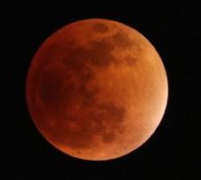 Eclipse Totale de Lune @ Ferney Voltaire
